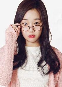 Jung Yun Joo Jung Eun Chae