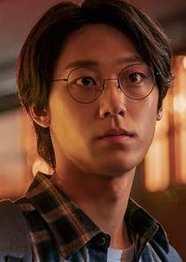 Lee Eun Hyuk