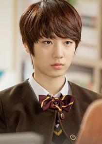 Ryu Hyo Young Lee Gang Joo