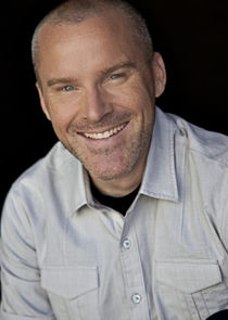 Roger Craig Smith