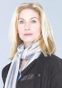 Elizabeth Mitchell Erica Evans
