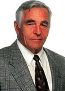 Donnelly Rhodes Det. Leo Shannon