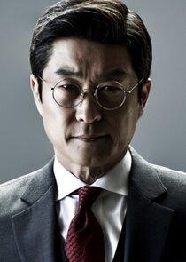 Cha Young Woo