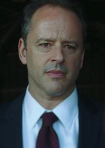 Gil Bellows Lt. General Michael Overson