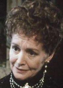 Ursula Howells Maria