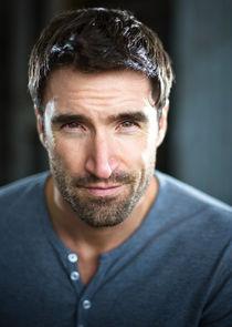 Darren Bennett