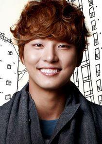 Yoon Shi Yoon Enrique Geum