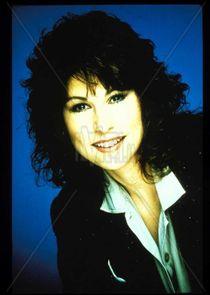 Throb Cast Tvmaze Diana canova was born on june 1, 1953 in west palm beach, florida, usa as diana rivero. throb cast tvmaze