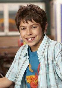 Jake T. Austin Max Russo