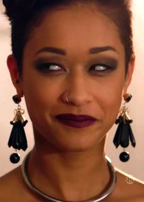 Skin Diamond fucking in the floor with her black hair in I ...