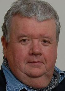 Ian McNeice Harcourt