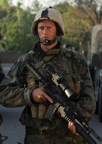 Alexander Skarsgård Sgt. Brad