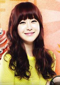 Yoo So Young Kang Eun Bi