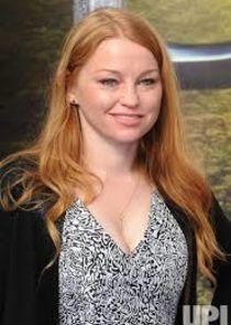 Sarah Schechter