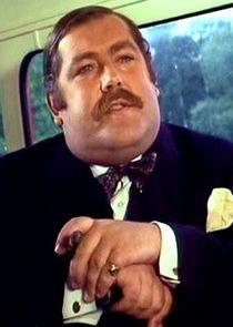Patrick Newell Inspector Lestrade