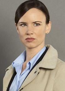 Juliette Lewis Detective Andrea Cornell