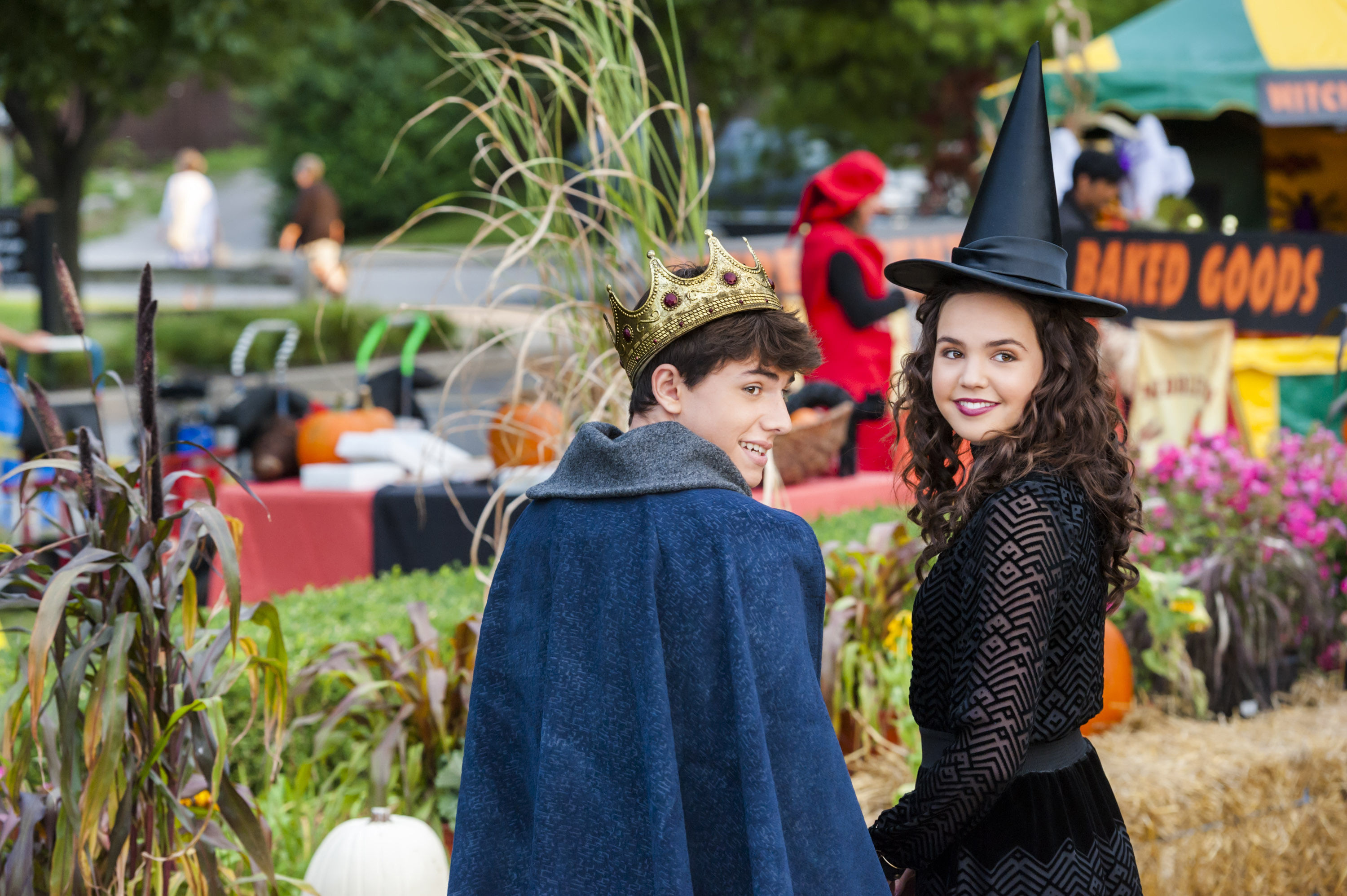 - Good Witch Halloween extra
